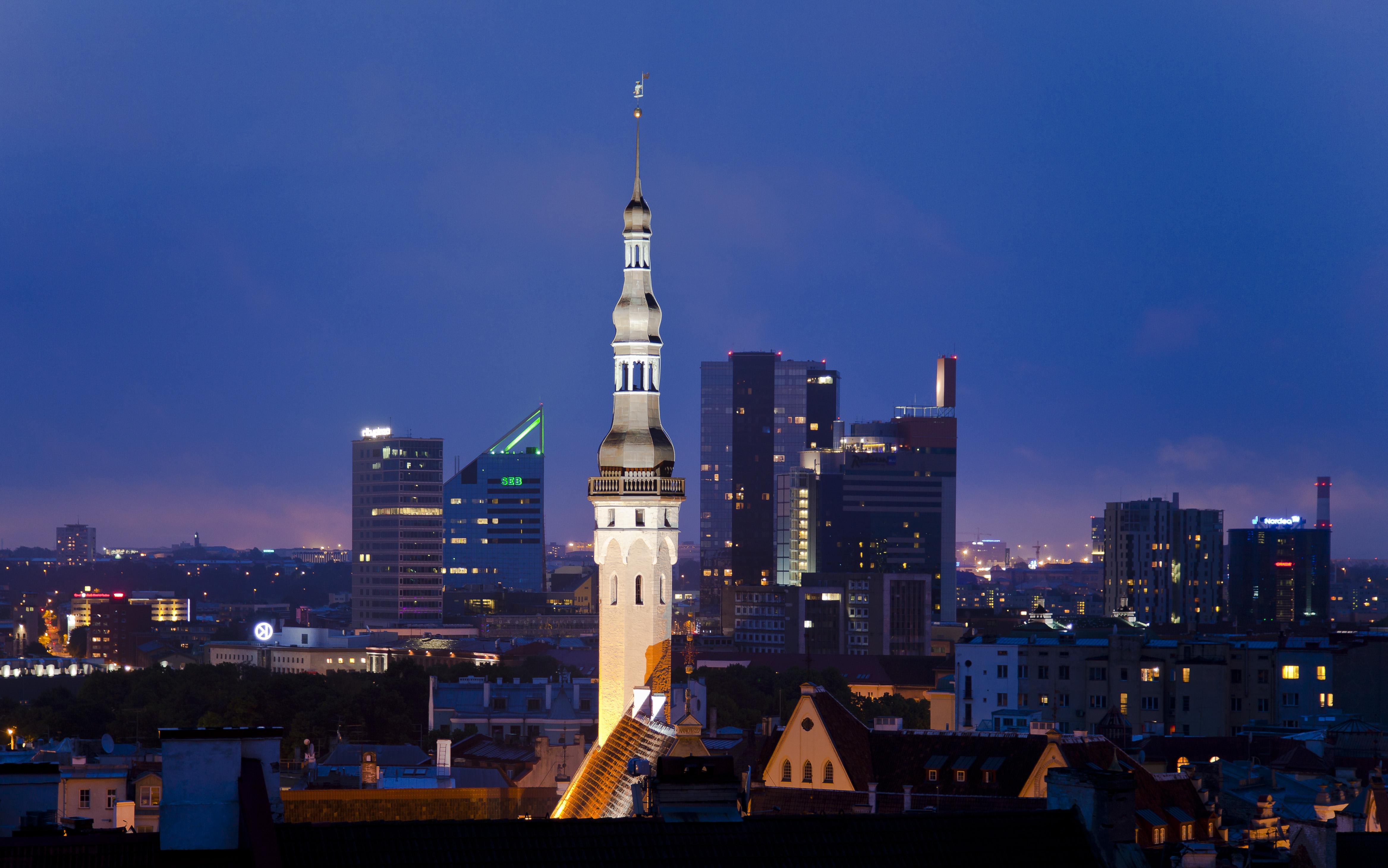 Chuyển phát nhanh giá rẻ đi Estonia
